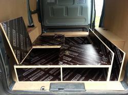Aménagement tiroirs et trappes.jpg